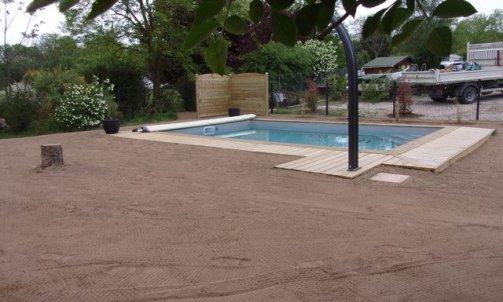 Installationet structure des abordsd'une piscine